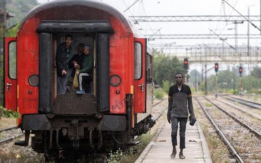 «Idomeni Express»: Το επικίνδυνο ταξίδι της ελπίδας