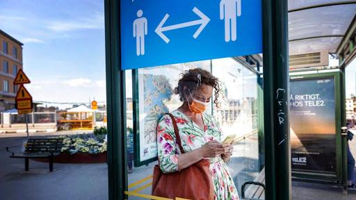 Κοροναϊός: Πολιτική απόφαση να μην επιβληθεί η υποχρεωτική χρήση της μάσκας παντού