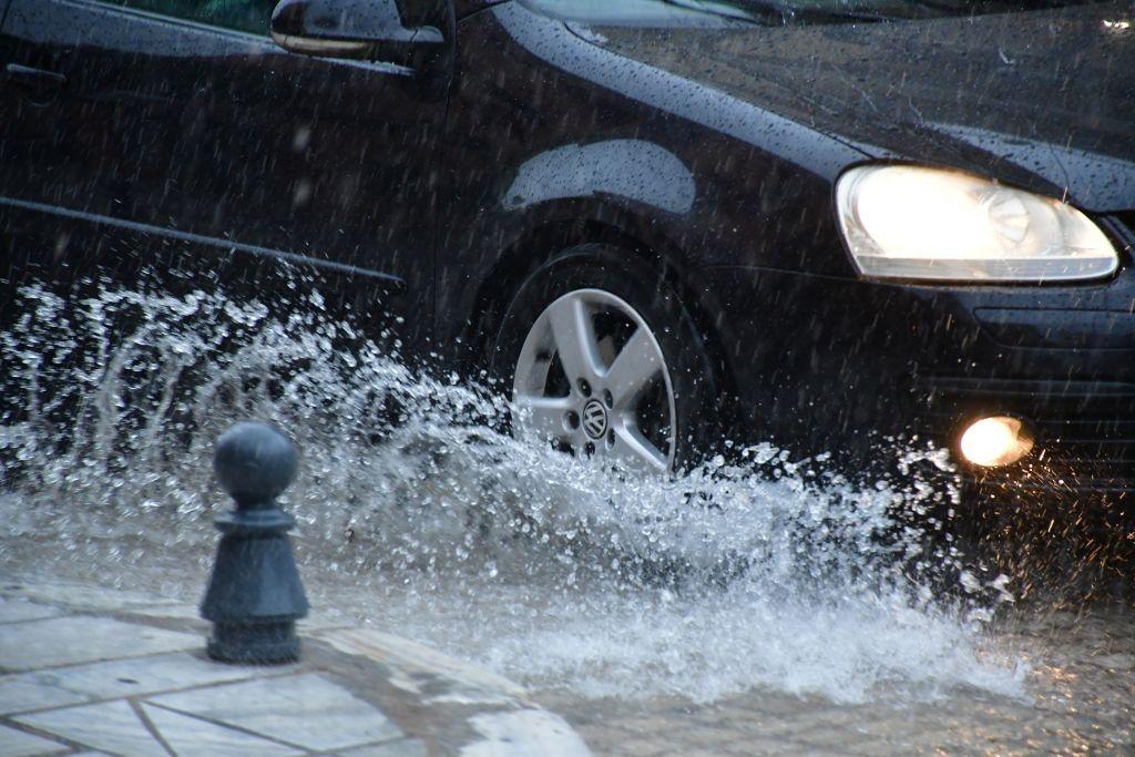 Καιρός : Ποιες περιοχές θα χτυπήσουν ισχυρές βροχοπτώσεις την Κυριακή