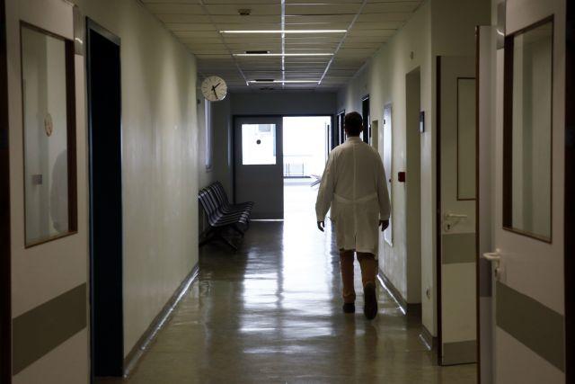 Κοροναϊός : Μεγαλώνει η «μαύρη» λίστα των θανάτων – Νεκρή 55χρονη χωρίς υποκείμενα νοσήματα