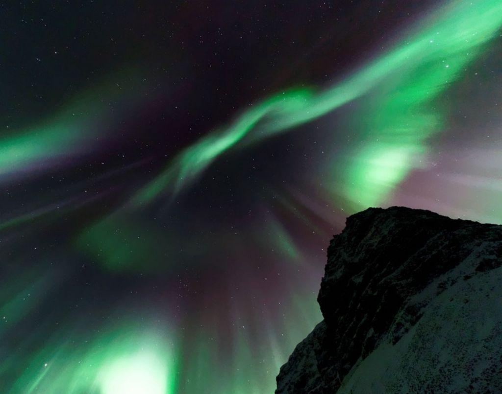 Σέλας : Δείτε εντυπωσιακά βίντεο και φωτογραφίες που «μαγεύουν» κάθε παρατηρητή