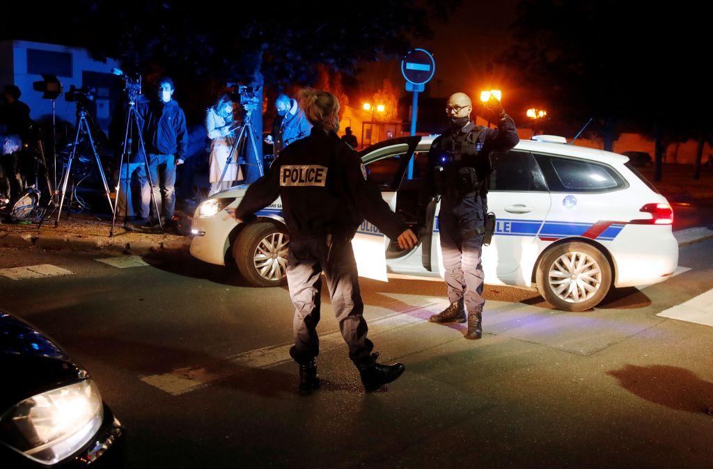 Τρόμου στο Παρίσι: ποιος ήταν ο ένοχος που αποκεφαλίζει τον καθηγητή