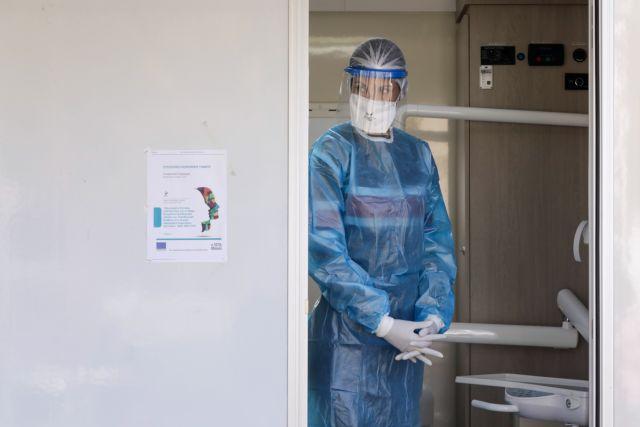 Κοροναϊός : Ο ιός «πολιορκεί» τη χώρα – Πώς κατανέμονται τα 1.211 κρούσματα