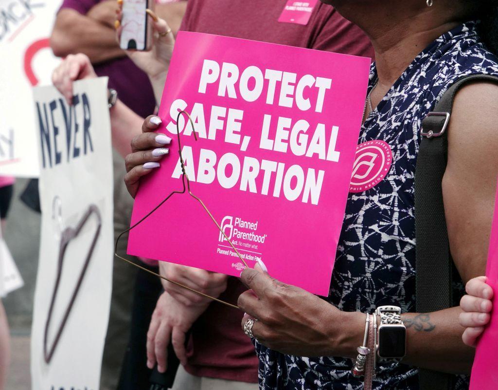 ΗΠΑ : Συνυπέγραψαν διακήρυξη κατά των αμβλώσεων με αυταρχικές κυβερνήσεις