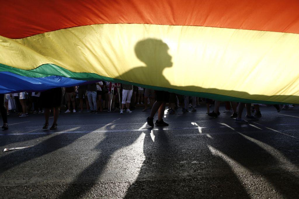 Καταγγελία : Υπάλληλος της διεύθυνσης Μεταφορών αρνήθηκε να εκδώσει δίπλωμα σε τρανς άτομο