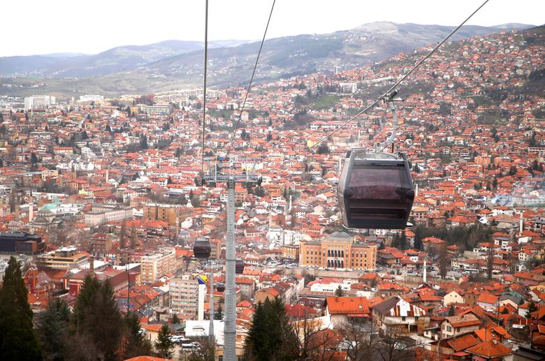 Κοροναϊός – Βοσνία : Μέρα με τη μέρα σπάει τα ρεκόρ κρουσμάτων