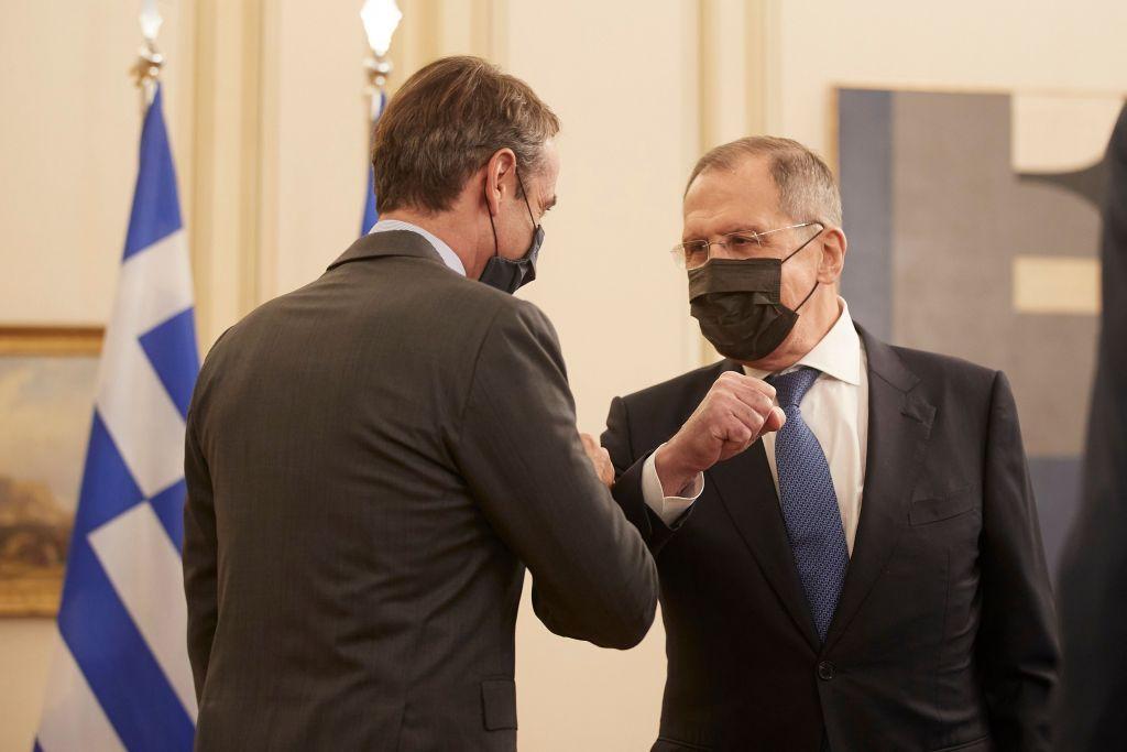 Λαβρόφ σε Μητσοτάκη : Η Ρωσία είναι έτοιμη να συμβάλει στα ελληνοτουρκικά αν αφήσει η ΕΕ και το ΝΑΤΟ