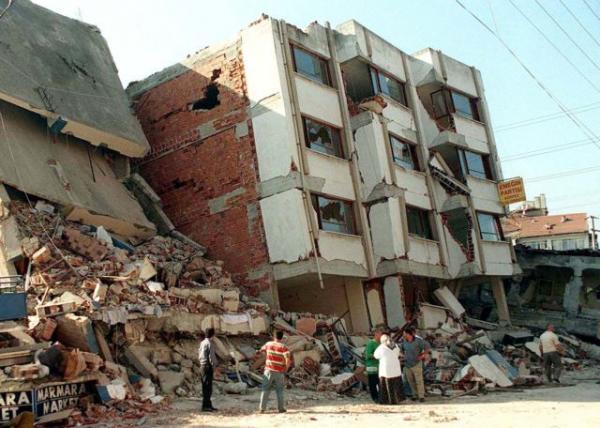 Τα Ρίχτερ, γέφυρα φιλίας: Όταν οι σεισμοί του 1999 έφεραν κοντά Ελλάδα και Τουρκία