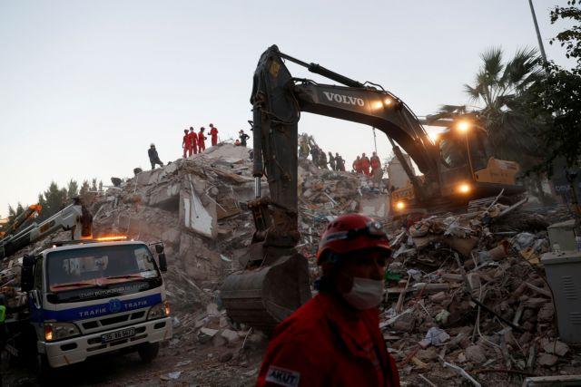 Σεισμός : Στους 35 οι νεκροί στη Σμύρνη – Ψάχνουν επιζώντες στα χαλάσματα