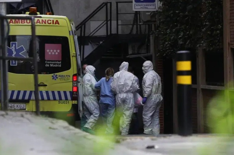 Συναγερμός στην Ισπανία : Θλιβερό ρεκόρ με 267 θανάτους από κοροναϊό το τελευταίο 24ωρο