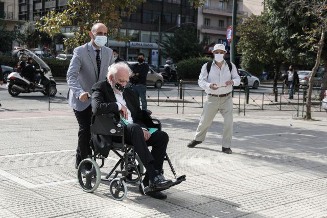 Άκης Τσοχατζόπουλος : Και πάλι στον Άρειο Πάγο με αναπηρικό καροτσάκι