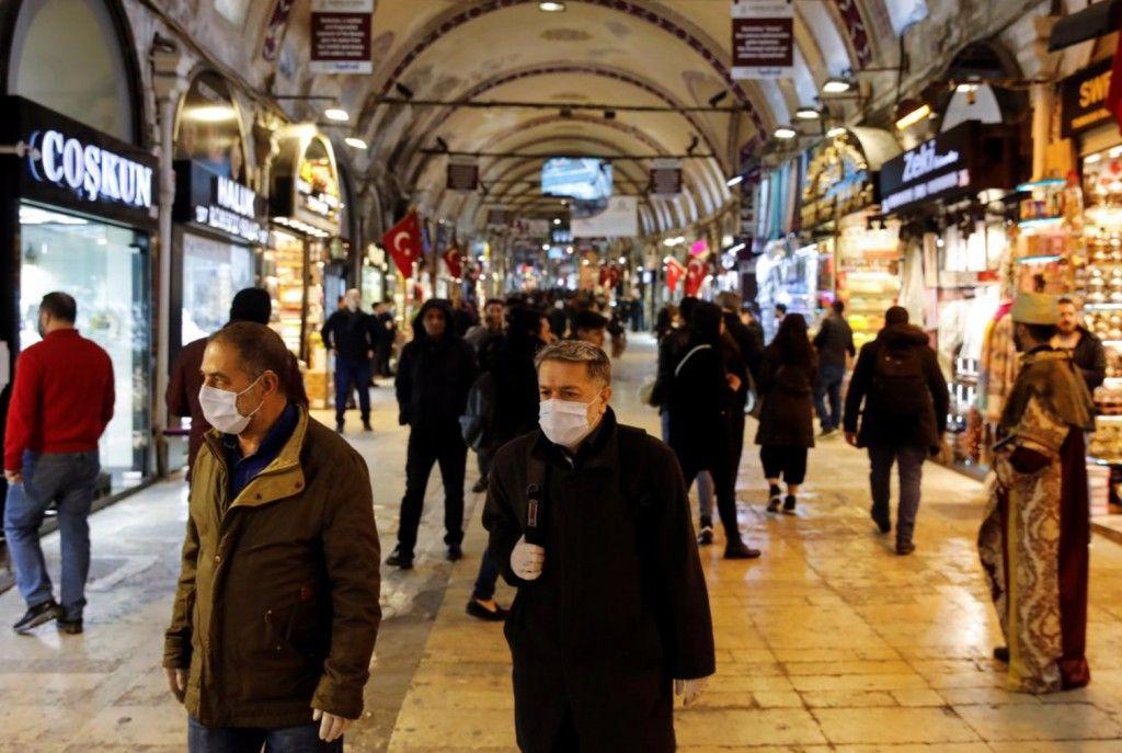 Τουρκία : 74 νεκροί από τον κοροναϊό και 1.984 κρούσματα σε ένα 24ωρο