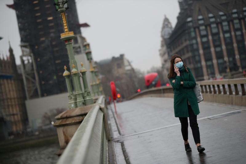 Βρετανία – κοροναϊός : Τα Χριστούγεννα δεν θα είναι φυσιολογικά λέει ο υπ. Οικονομικών