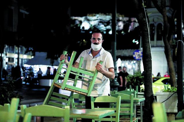 Αποκάλυψη MEGA : Χριστούγεννα με κλειστά εστιατόρια το επικρατέστερο σενάριο