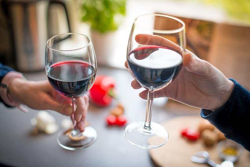 Αλγόριθμος ξεχωρίζει «από πού κρατάει» το κρασί