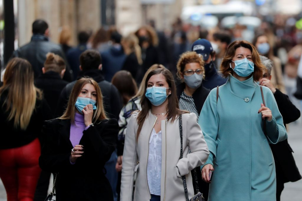 Επιβραδύνεται η πανδημία στην Ευρώπη, οι θάνατοι όμως αυξάνονται