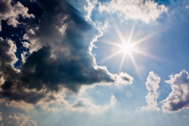 Καιρός : Βροχές, καταιγίδες και πτώση θερμοκρασίας