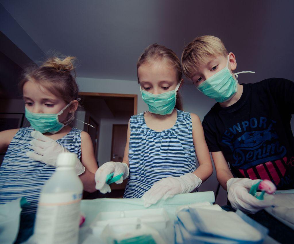 Κοροναϊός : Γιατί τα παιδιά κινδυνεύουν λιγότερο