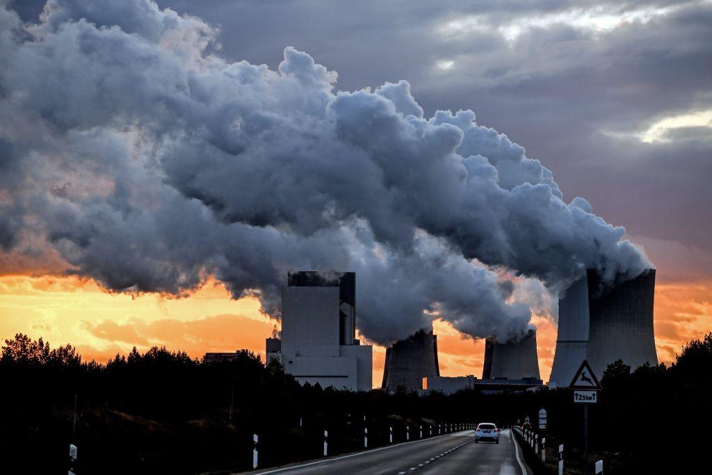 Κλιματική αλλαγή : Η ΕΕ θέτει νέο στόχο για μείωση των εκπομπών CO2