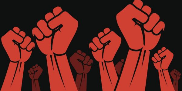 Γεμίσαμε επαναστάτες