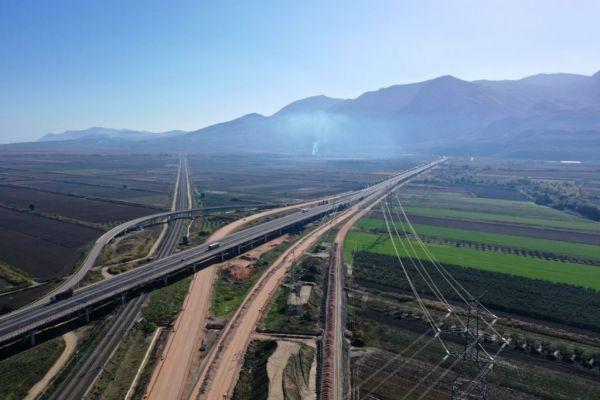 Πανηγυρίζει η κεντρική Ελλάδα για τον νέο αυτοκινητόδρομο