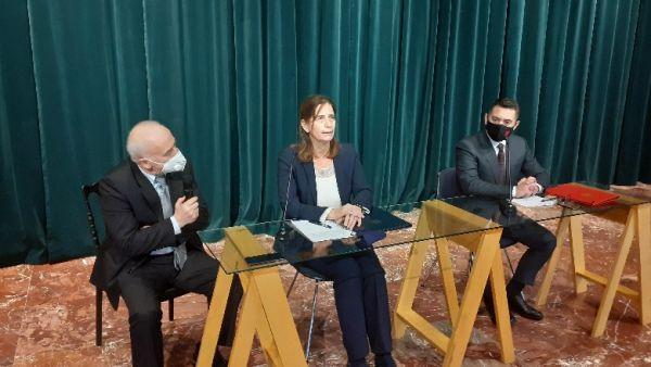 Αλβανία : Δωρεά 2,5 εκατομμυρίων ευρώ από την Ελλάδα για ανοικοδόμηση σχολείου στα Τίρανα