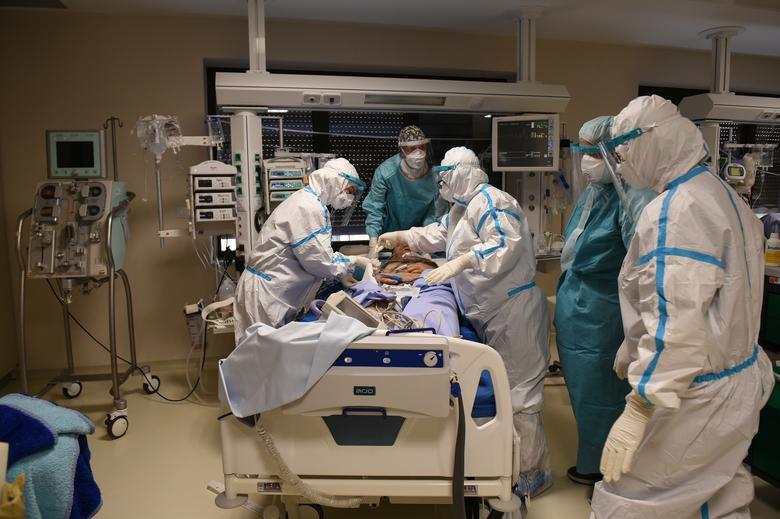 Μικρός αριθμών χωρών έλαβε υπόψη την προειδοποίηση του ΠΟΥ για την πανδημία του κοροναϊού