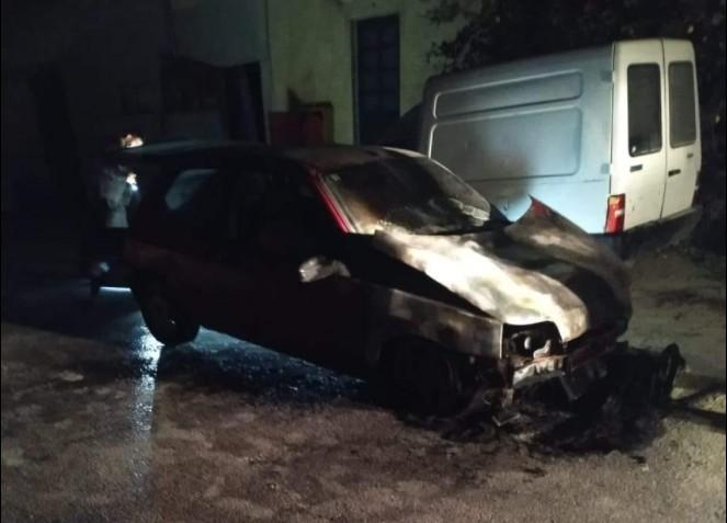 Μαρούσι : Εκρηξη και πυρκαγιά σε αυτοκίνητο δημοσιογράφου – Τι δήλωσε ο ίδιος (βίντεο και εικόνες)