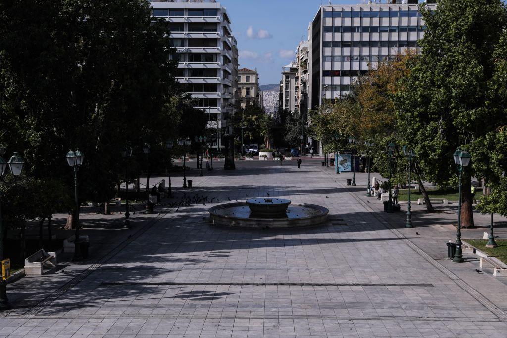 Κοροναϊός : Ανησυχία των ειδικών για την αρνητική πρωτιά της Αττικής – Τα επόμενα βήματα στην άρση του lockdown
