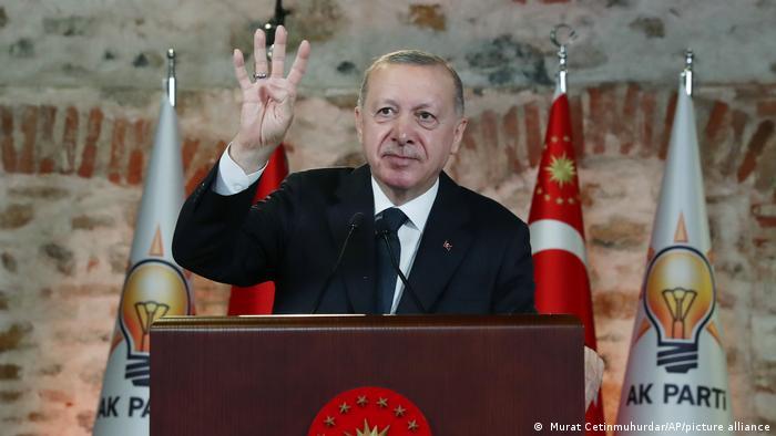 Ανεβαίνουν οι τόνοι μεταξύ Τουρκίας και ΗΠΑ