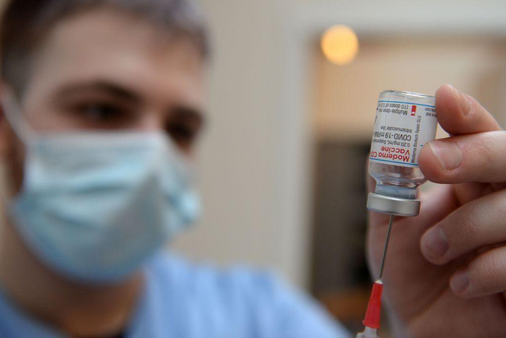 Κοροναϊός : Η Μέρκελ διαβεβαιώνει για τον εμβολιασμό 10 εκατ. Γερμανών έως τα τέλη Μαρτίου