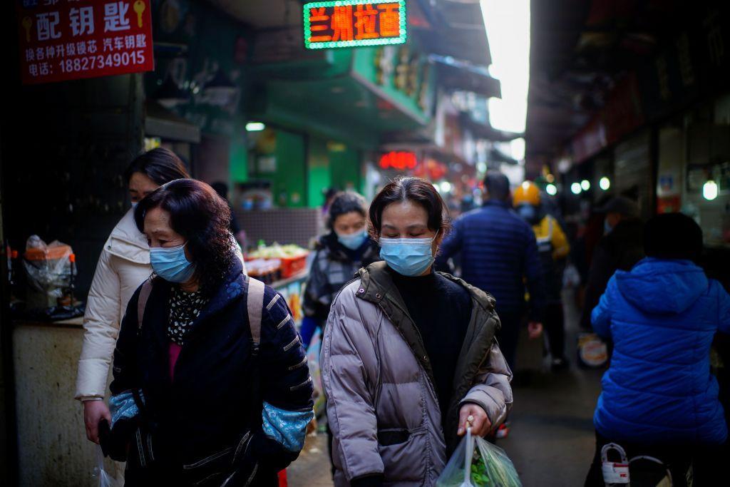 Η αποστολή του ΠΟΥ στην Κίνα ολοκληρώθηκε, η διαμάχη για την προέλευση της πανδημίας συνεχίζεται