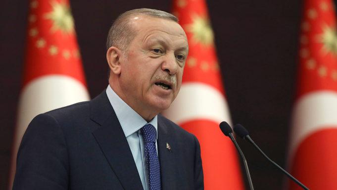 Τουρκία: Οι ακραίοι θα εκτοπίσουν τον Ερντογάν