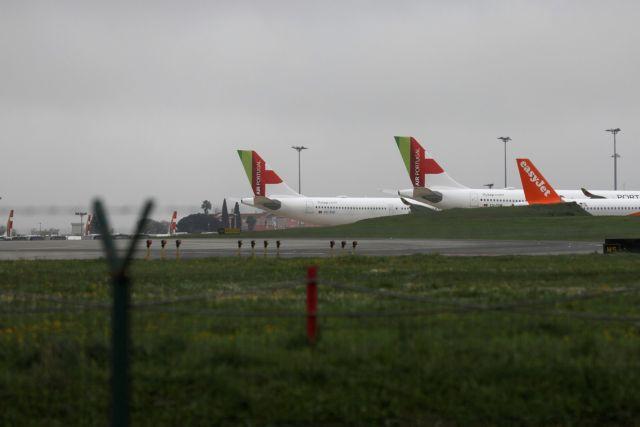 Κοροναϊός : Μετά από ένα «καταστροφικό» 2020, οι αερομεταφορές στο έλεος των παραλλαγών του ιού
