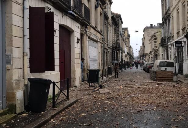 Έκρηξη στην Μπορντό προκάλεσε μέχρι και ωστικό κύμα – Υλικές ζημιές σε καταστήματα