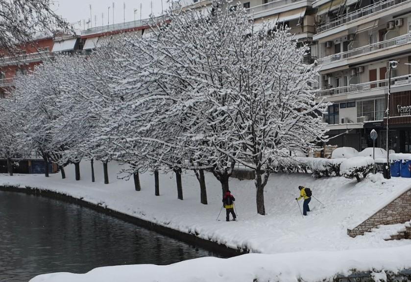 Αποτέλεσμα εικόνας για τρικαλα χιονι