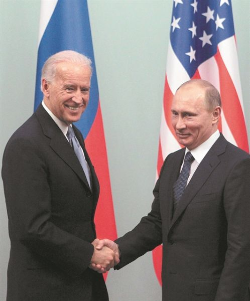 2011 03 10T120000Z 136837069 GM1E73A1G2E01 RTRMADP 3 RUSSIA