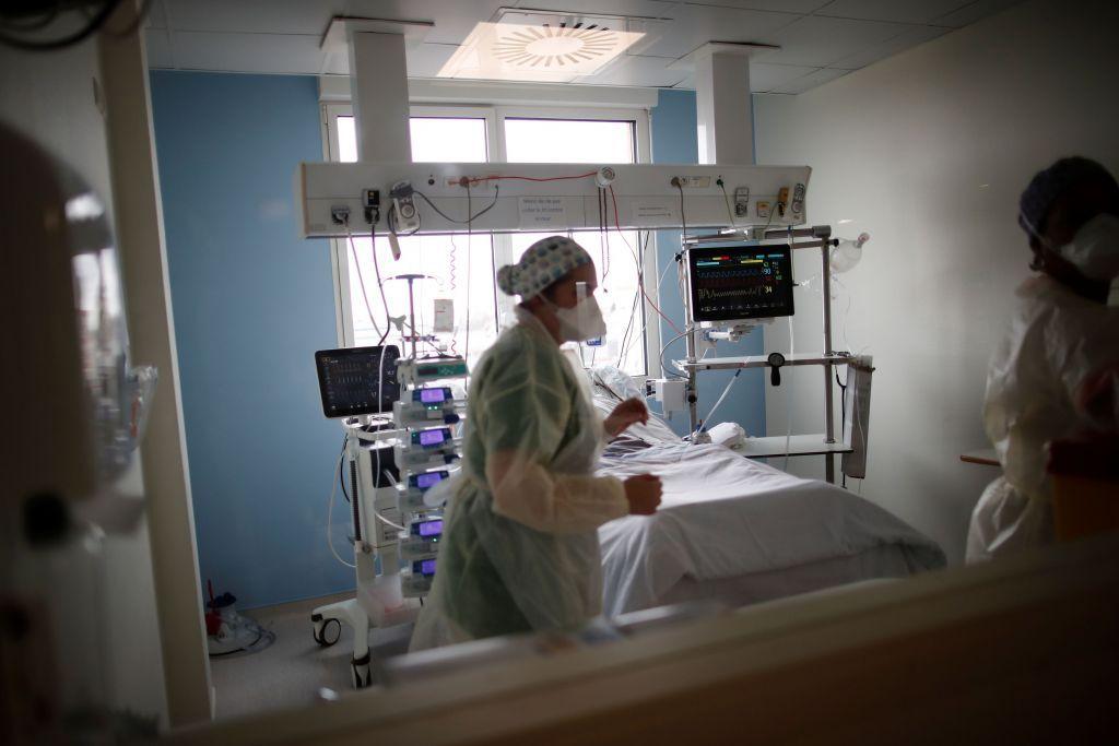 Κοροναϊός : 3.073 νέα κρούσματα και 45 θάνατοι – Στους 645 οι διασωληνωμένοι