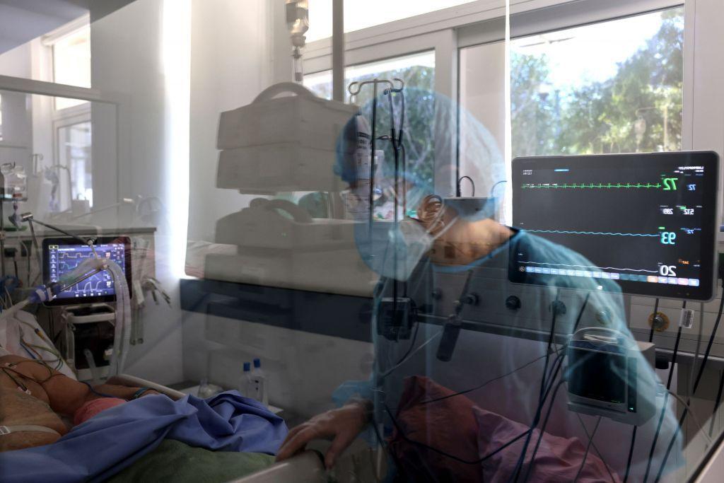 Κοροναϊός : Θα ζήσεις ή θα πεθάνεις από τον ιό; Η απάντηση μέσω… αλγορίθμου