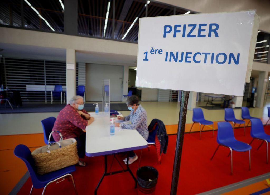 Εμβόλιο Pfizer : Αποτελεσματικό και στους εφήβους 12-15 ετών, ανοίγει ο δρόμος για τους μαθητές