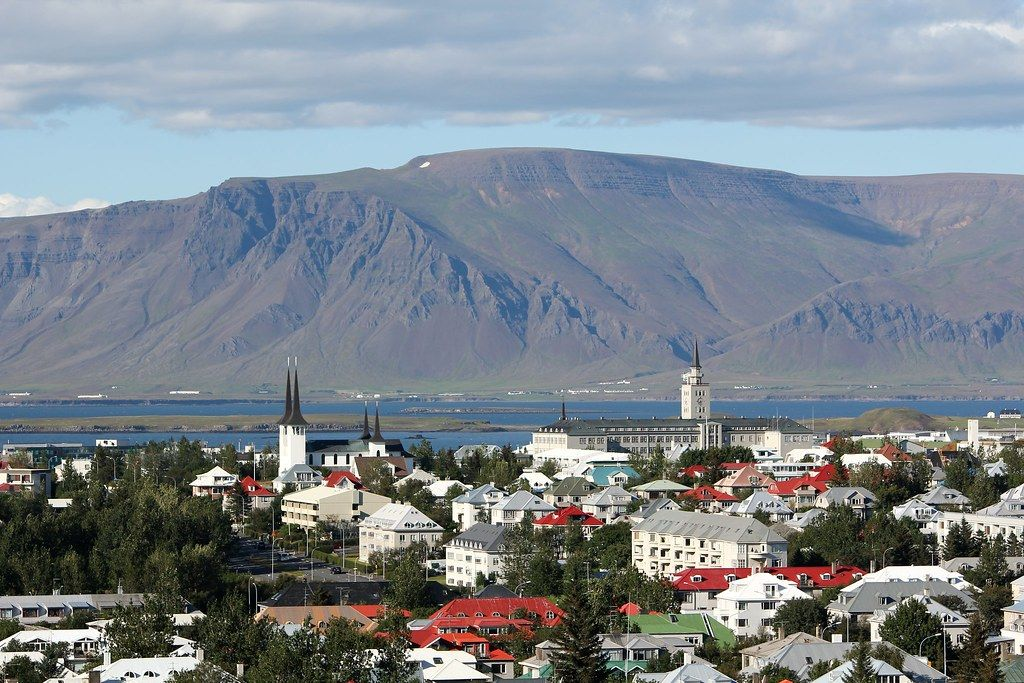 H Ισλανδία ανοίγει τα σύνορα για εμβολιασμένους τουρίστες