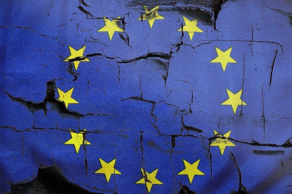 Κομμάτια και θρύψαλα η «ενότητα» της ΕΕ για εμβόλια και επόμενη ημέρα