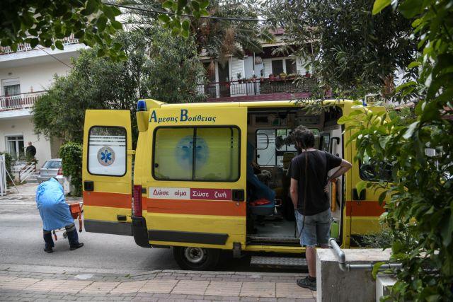 Παπαευσταθίου : Πάνω από 200 ασθενείς με Covid διακομίζονται σε νοσοκομεία της Αττικής κάθε μέρα