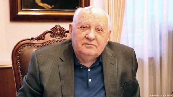 Μιχαήλ Γκορμπατσόφ : Λησμονημένος στη χώρα του, ήρωας στο εξωτερικό