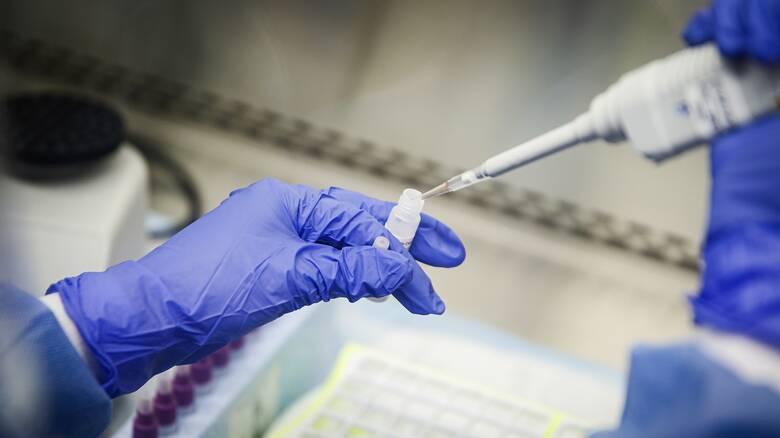 Μόσιαλος : Τέταρτο κύμα τον Δεκέμβριο για τους αρνητές του εμβολιασμού