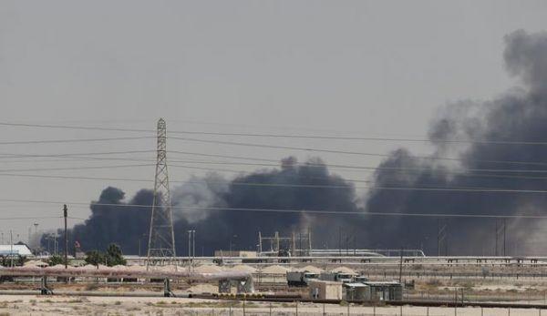 Σαουδική Αραβία : Δέχτηκε και πάλι επιθέσεις - Στο στόχαστρο λιμάνι και εγκαταστάσεις της Aramco