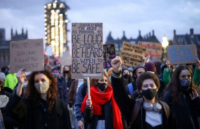 Βρετανία: Περισσότερα μέτρα αστυνόμευσης, σε απάντηση της έμφυλης βίας