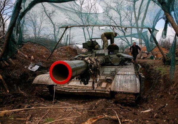 Επικίνδυνη κλιμάκωση στην Ουκρανία : Για κίνδυνο «ολοκληρωτικού πολέμου» κάνει λόγο η Ρωσία