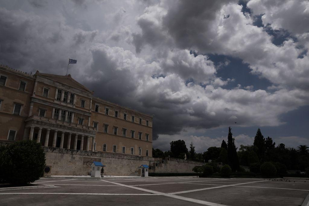 Κοροναϊός : Σε «κλοιό» τρεις περιφέρειες της χώρας – Η κατανομή των κρουσμάτων