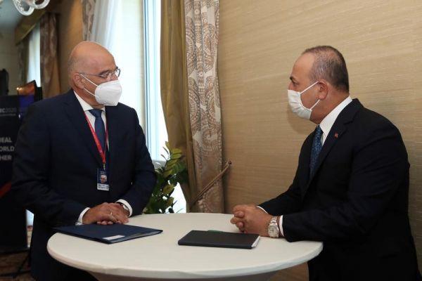 Στην Αγκυρα o Δένδιας για επαφές σε «πολεμικό» κλίμα - Γιατί ζήτησε ο Ερντογάν να τον συναντήσει εκτάκτως